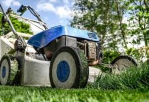 Best Lawn Mowers Under $300